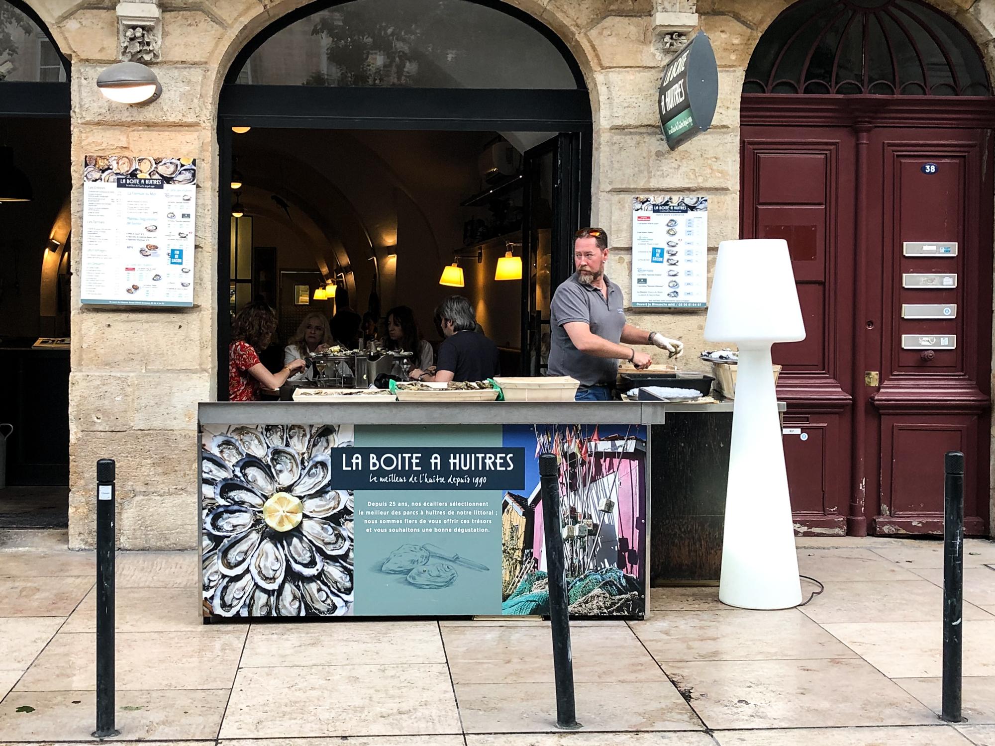 De lekkerste oesters van Bordeaux bij La Boite a Huitres