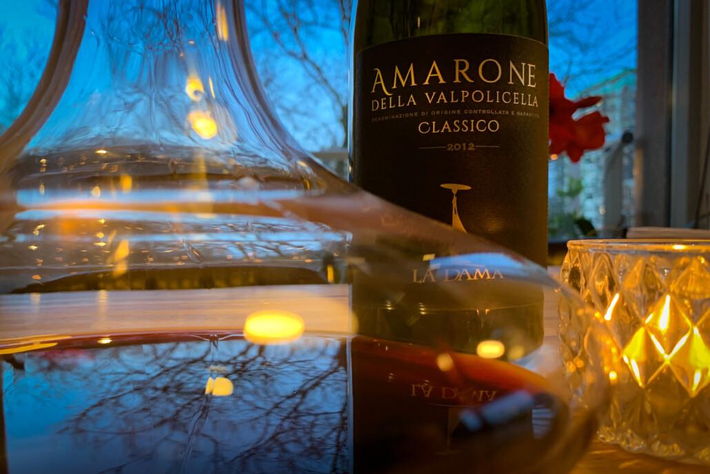 wijn in een karaf