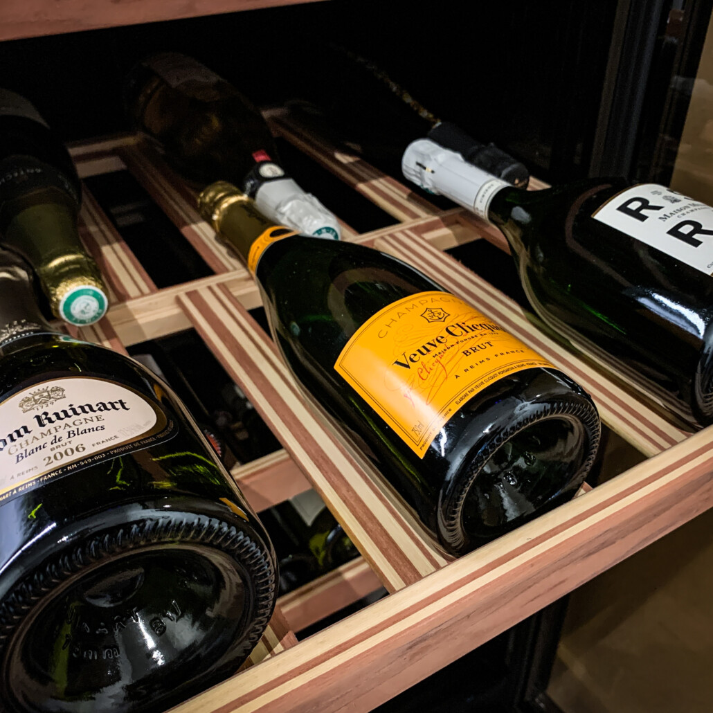 Hoe lang kan je een fles wijn of champagne bewaren?